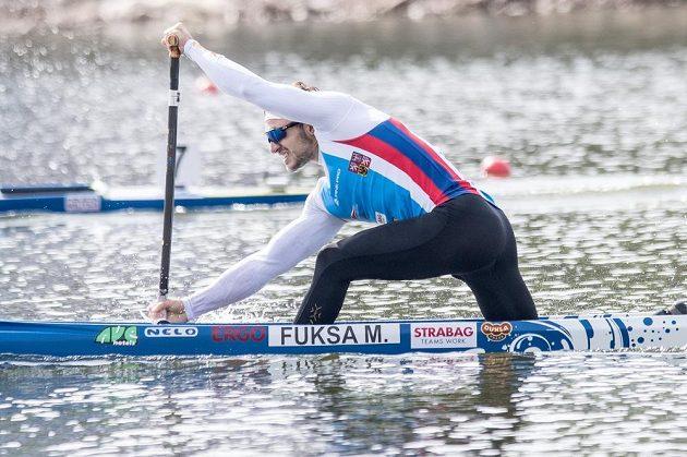 anoista Martin Fuksa díky drtivému závěru vyhrál na mistrovství světa v Račicích Krozjížďku na 1000 metrů.