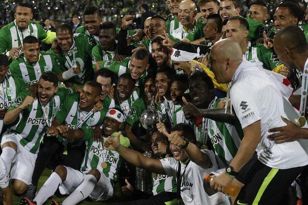Fotbalisté Atlétika Nacional slaví druhý klubový a celkově třetí kolumbijský titul v Copě Libertadores.