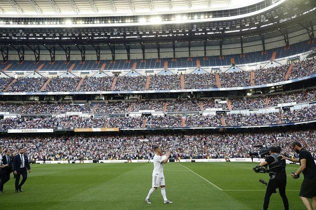 Eden Hazard se představil v dresu svého nového klubu