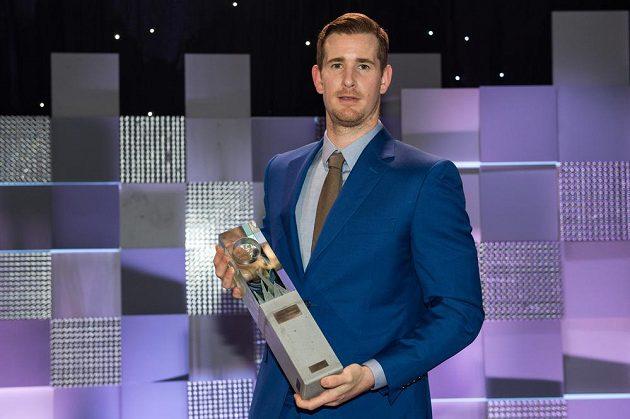 Vítěz ankety Hokejista sezóny útočník Roman Červenka.