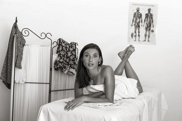 Jitka Bartoničková po masáži.