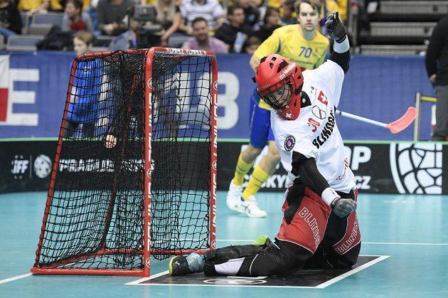 První gól zápasu, inkasuje švýcarský brankář Pascal Meier.