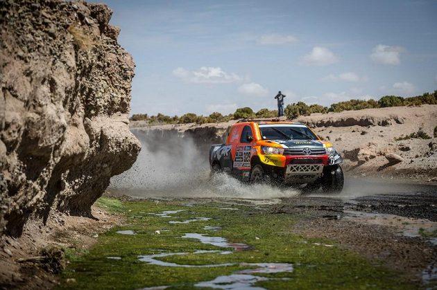 Český závodník Martin Prokop během 6. etapy Rallye Dakar.