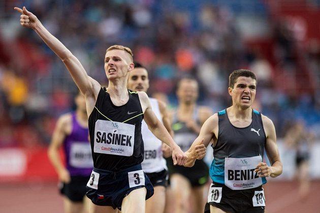 České překvapení na Zlaté tretře. Filip Sasínek vyhrál běh na 1500 m.