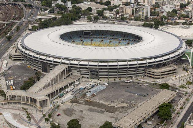 Stadión Maracaná v Rio de Janeiru je největším v Brazílii a hostí finálový zápas.