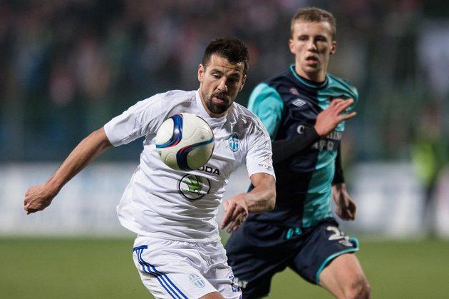 Milan Baroš z Mladé Bolelavi během utkání proti Slavii.