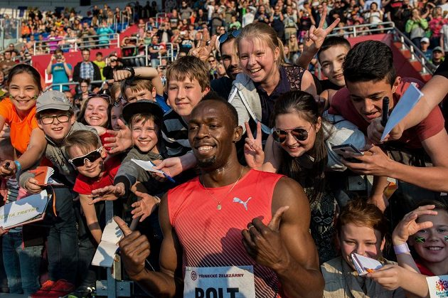 Jamajský sprinter Usain Bolt během mítinku Zlatá tretra.
