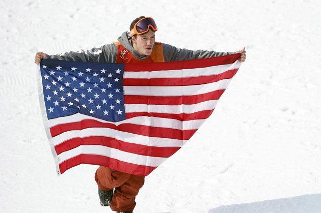 Zlato pro USA. Americký akrobatický lyžař David Wise obhájil na olympijských hrách v Pchjongčchangu zlato v U-rampě ze Soči.