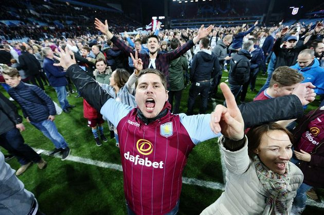 Radost z výhry nad West Bromwich Albion byla u fanoušků Aston Villy veliká.