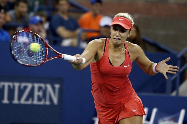 Německá tenistka Sabine Lisická v zápase 3. kola US Open proti Češce Barboře Strýcové.