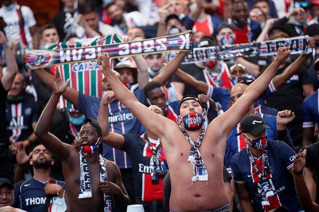 Fanoušci finále LM musí fandit mimo stadion.