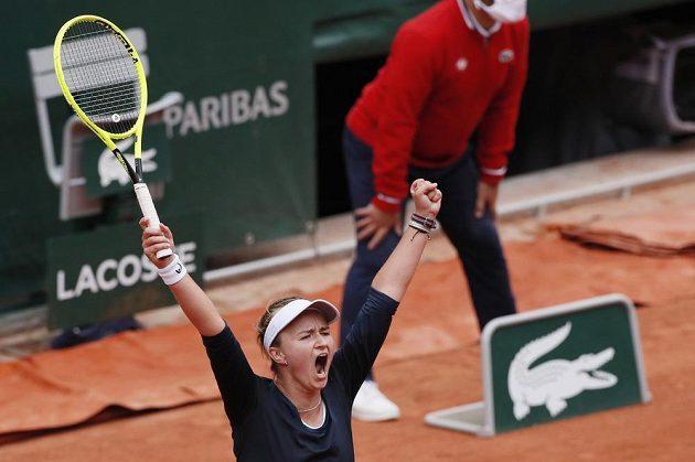 Česká tenistka Barbora Krejčíková po vítězném zápase 3. kola na French Open.