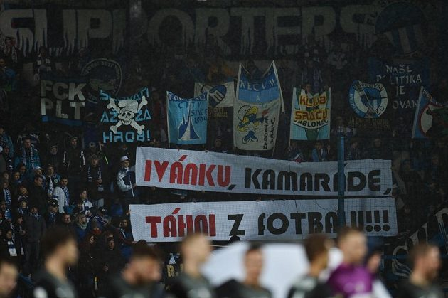 Fanoušci Liberce a jejich vzkaz jabloneckému manažerovi Ivanu Horníkovi...