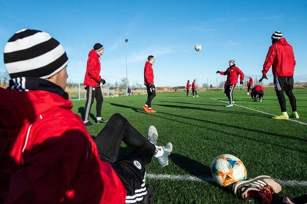 Fotbalisté českobudějovického Dynama zahájili zimní přípravu v tréninkovém areálu na Složišti.