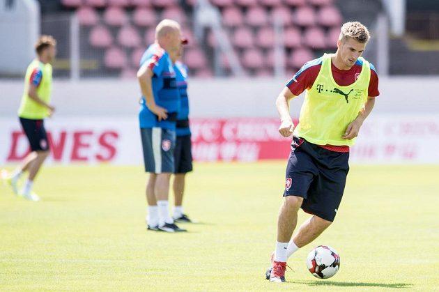 Jakub Jugas během tréninku fotbalové reprezentace před zápasy v Belgii a v Norsku.