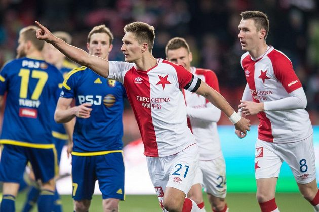 Milan Škoda se raduje z gólu na 2:0 proti Jihlavě.