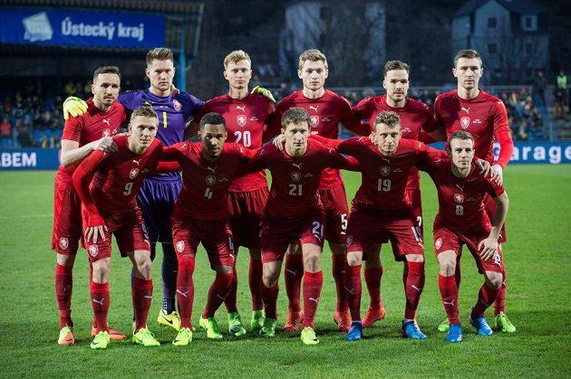 Fotbalisté české reprezentace před přátelským zápasem s Litvou.