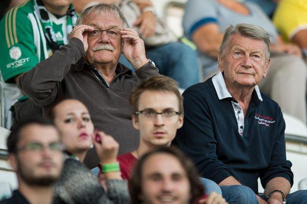 Karel Šíp (vlevo) a Josef Dvořák fandili svým Klokanům v derby se Spartou.