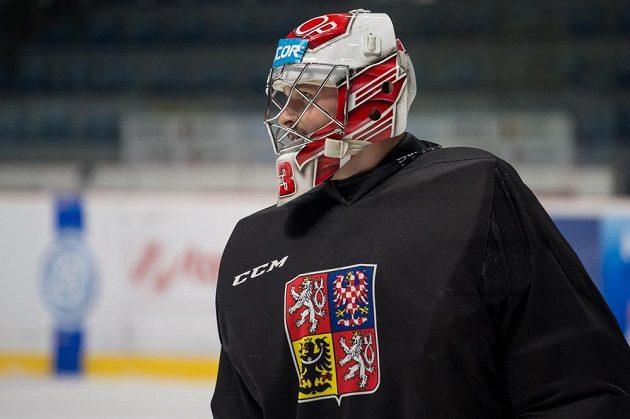 Brankář Dominik Furch během tréninku hokejové reprezentace ve Znojmě.