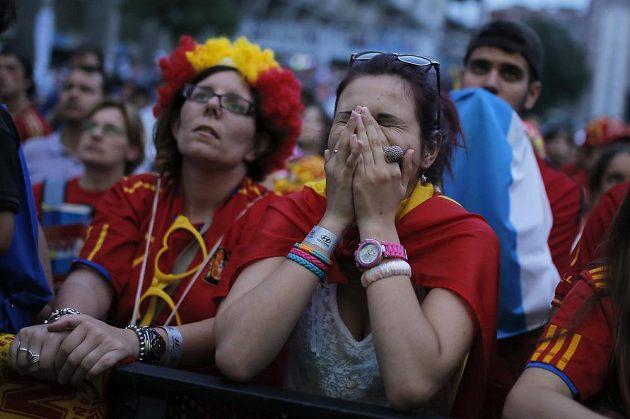 Zklamané španělské fanynky.