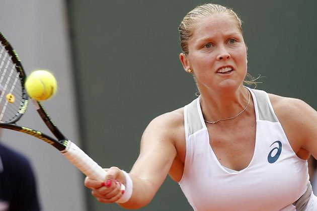 Shelby Rogersová, překvapivá přemožitelka Petry Kvitové na French Open.