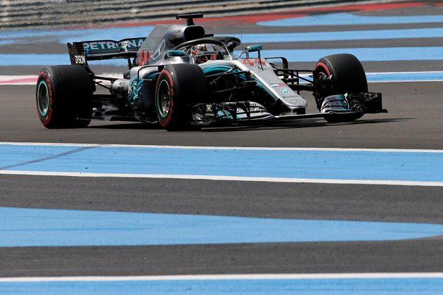 Lewis Hamilton na trati Velké ceny Francie.
