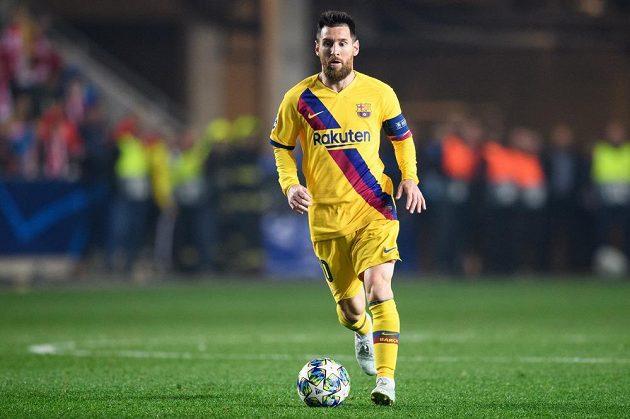 Lionel Messi z Barcelony během utkání se Slavií v Edenu.