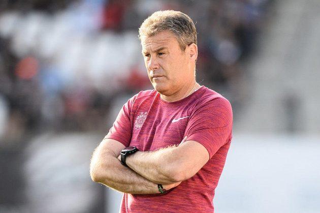 Trenér Sparty Praha Pavel Hapal při utkání v Jihlavě.
