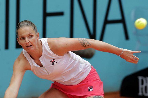 Česká tenistka Karolína Plíšková v Madridu dohrála ve druhém kole. Na rozloučenou dostala i kanára.