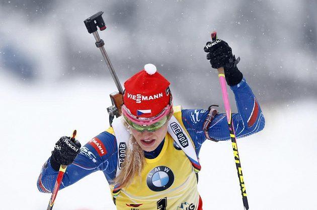 Gabriela Soukalová v závodě Světovéo poháru.