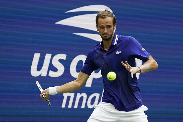 Ruský tenista Daniil Medveděv ve finále US Open proti Novaku Djokovičovi ze Srbska.