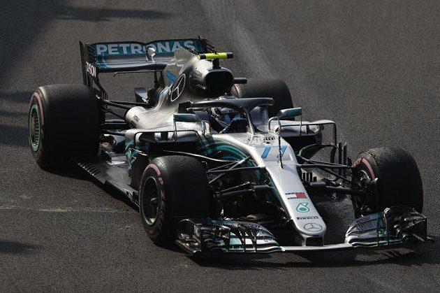 Finský pilot Valtteri Bottas se svým Mercedesem zajel v úvodním tréninku na Velkou cenu Mexika F1 šestý nejrychlejší čas.