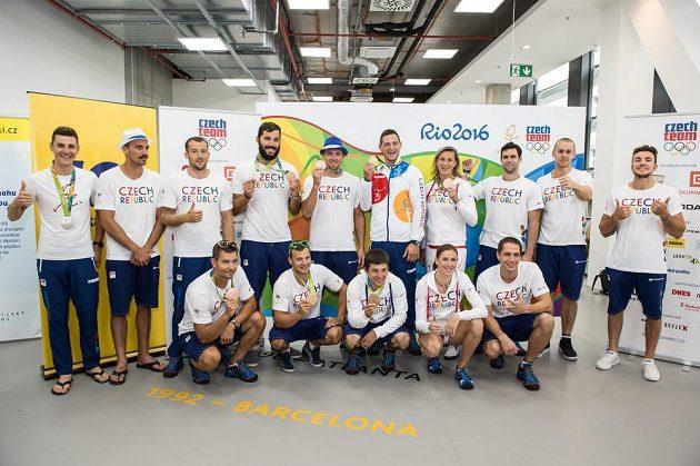 Medailisté a olympionici LOH 2016 z brazilského Rio de Janeira po návratu.