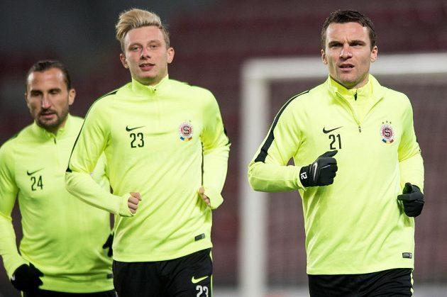 Fotbalisté Sparty zleva Petr Jiráček, Ladislav Krejčí a David Lafata během tréninku před utkáním Evropské ligy se Schalke.