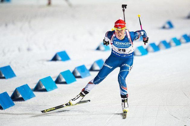 Eva Puskarčíková na trati sprintu žen v Novém Městě na Moravě.