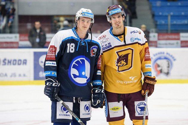 Dominik Kubalík z Plzně (vlevo) a jeho bratr Tomáš Kubalík z Jihlavy.