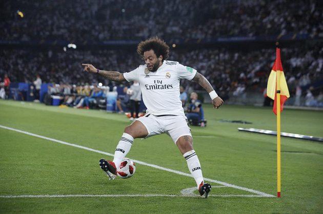 Rychlík Marcelo sice stihl míč na hrací ploše, ale dokázal ho jen zpracovat soupeři. Setrvačností totiž odběhl mimo hřiště.