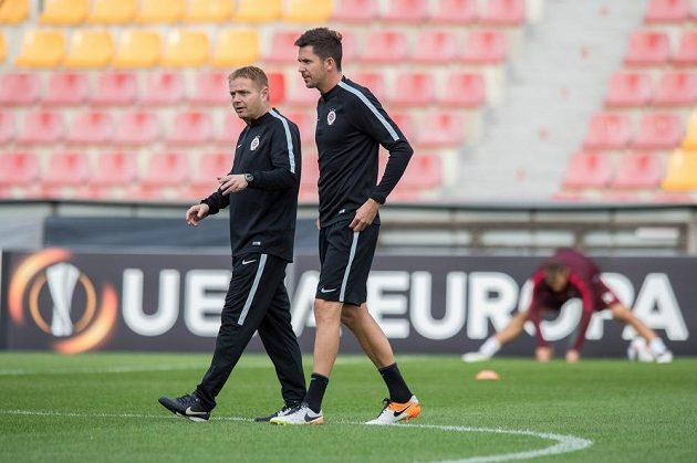 Stanislav Hejkal (vlevo) a David Holoubek během středečního tréninku před utkáním Evropské ligy s Interem Milán.