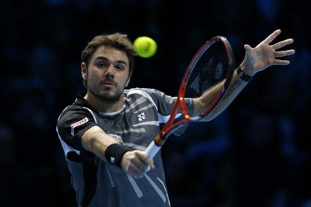 Švýcarský tenista Stan Wawrinka v utkání Turnaje mistrů proti Tomáši Berdychovi.