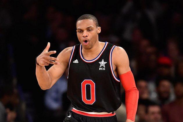 Russell Westbrook z Oklahomy v dresu Západu při Utkání hvězd NBA.