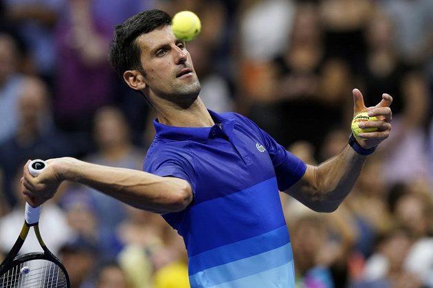 Srbský tenista Novak Djokovič v 1. kole US Open nezaváhal a od kalendářního Grand Slamu ho dělí šest výher.
