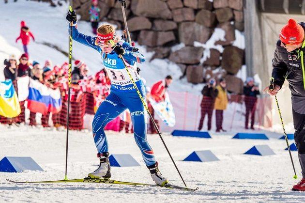 Česká biatlonistka Jessica Jislová na trati závodu štafet na MS v Norsku.