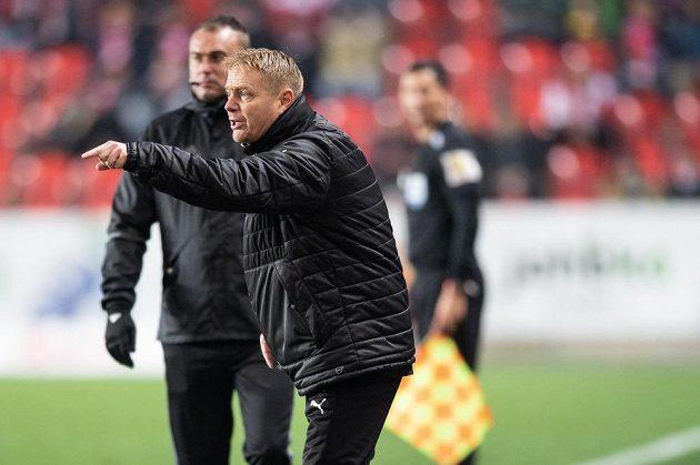 Trenér Teplic Stanislav Hejkal během utkání se Slavií.
