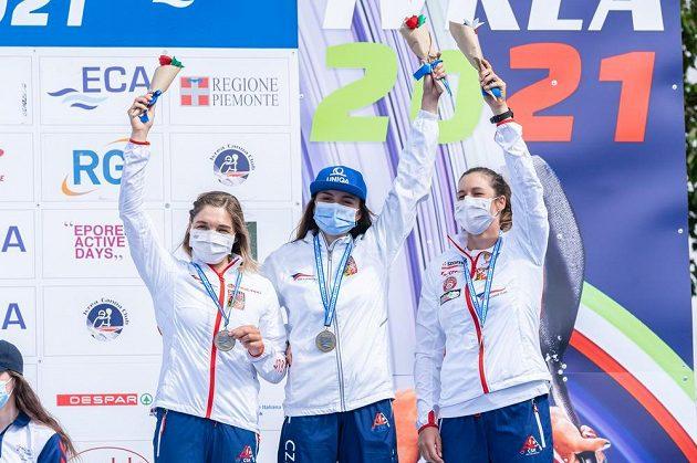 Mistrovství Evropy ve vodním slalomu.Zleva Veronika Vojtová, Antonie Galušková a Kateřina Minařík Kudějová.