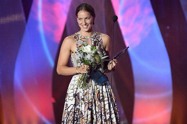 Barbora Strýcová během vyhlášení ankety Sportovec roku 2019. O den později dostala známá česká tenistka Zlatého kanára.