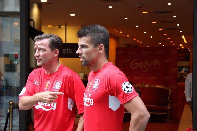 Vladimír Šmicer s Milanem Barošem v dresech Liverpoolu, se kterým před deseti lety vyhráli Ligu mistrů, natáčeli reklamu pro další ročník této fotbalové klubové soutěže.