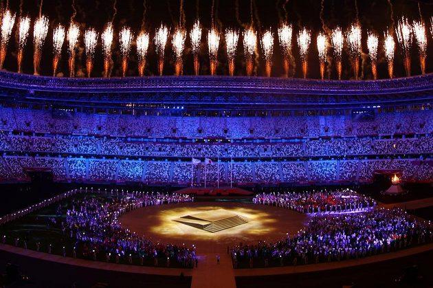 Závěrečný ceremoniálů her v Tokiu.