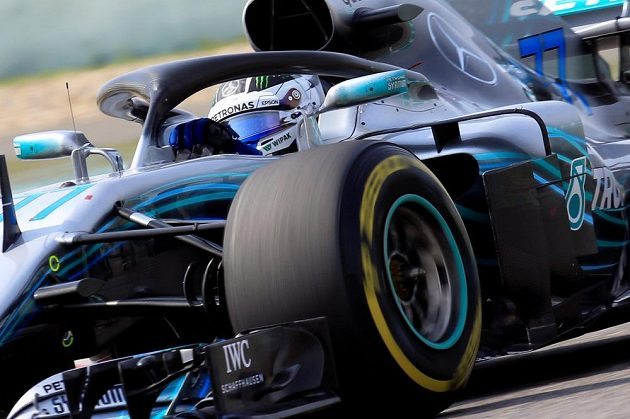Valtteri Bottas z Mercedesu při Velké ceně Číny.