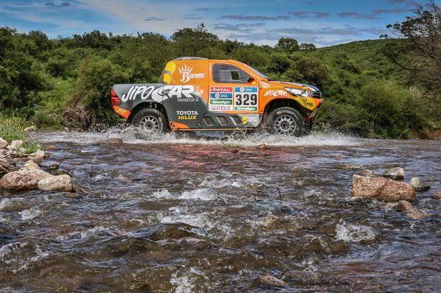 Český závodník Martin Prokop na trati 2. etapy Rallye Dakar.