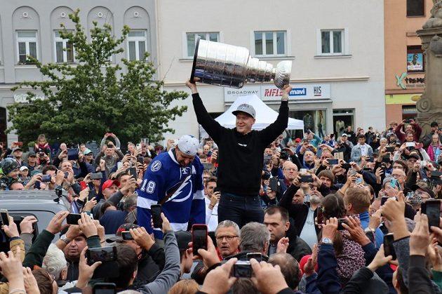 Ondřej Palát slavil triumf ve Stanley Cupu s fanoušky v rodném Frýdku-Místku.